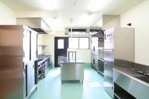 厨房は毎日掃除し、綺麗で清潔を保つようにしております。